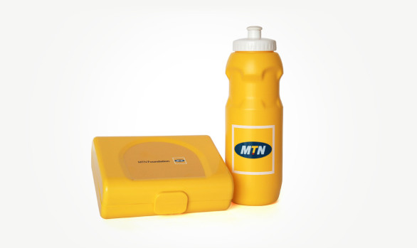 800ml Lunch Box with 650ml  599 GTB Bottle